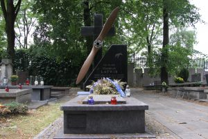 The grave of Stanisław Latwis