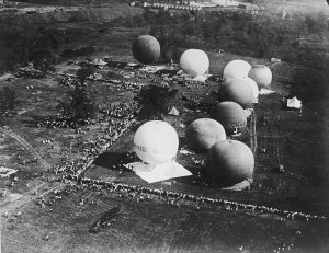 Gordon Bennett Cup in Chicago. Balloons before take-off. August 1933.